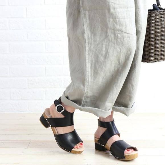 04a4c777139 Dansko Shoes - DANSKO Minka Leather Buckled Sandal Size 40